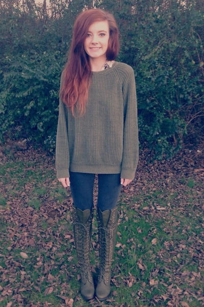 olive green Breckelles boots - black basic skinny Bullhead jeans