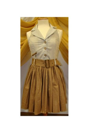 Theme dress