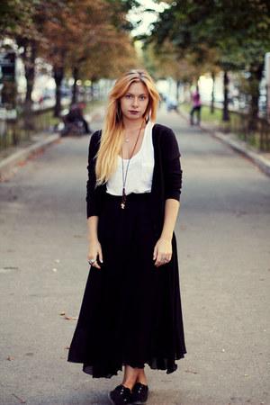 black handmade skirt - crimson handmade necklace