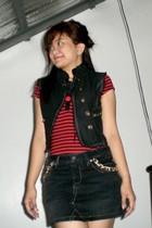 vest - scarf - skirt