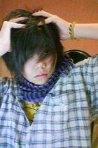 scarf - t-shirt - top