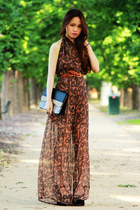dark brown Love romper - eggshell Bershka bag