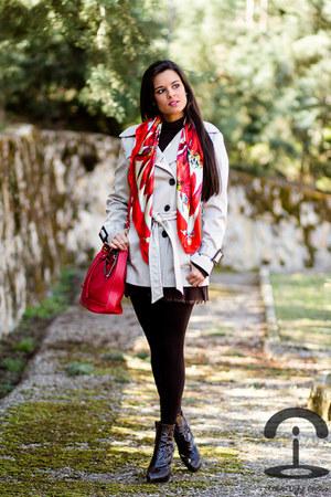 Dolce & Gabbana scarf - Piel Galvn bag