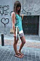 green hm t-shirt - white hm t-shirt - beige BLANCO skirt - brown maripaz shoes -