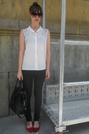 white vintage from my mothers closet blouse - black hm jeans - red hazel shoes -