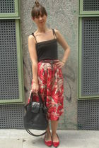red vintage from templo de susu skirt - black BLANCO top - red hazel shoes - bla