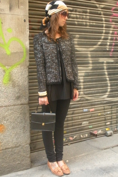 black Zara cardigan - black vintage from templo de susu top - black hm jeans - b