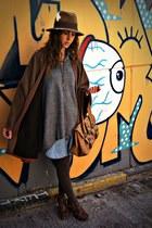 bronze hm hat - heather gray hm sweater - bronze BLANCO purse - bronze vintage c