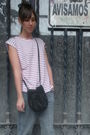 Red-oysho-t-shirt-gray-vintage-from-my-mothers-closet-jeans-red-hazel-shoes-