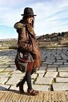 dark brown vintage coat - gray vintage hat - charcoal gray Zara bag - dark brown