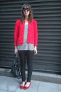 Red-vintage-from-templo-de-susu-cardigan-white-oysho-t-shirt-black-hm-jeans-