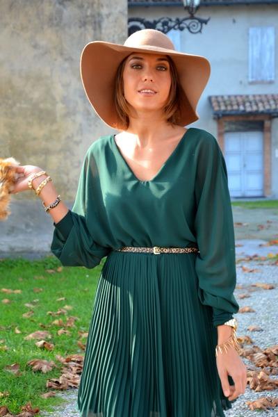 H&M hat - Bershka coat
