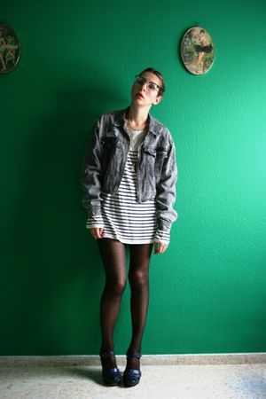 gray vintage jacket - white Zara sweater - black H&M tights - blue Bimba & Lola