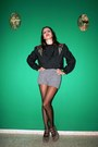 Black-vtg-blouse-heather-gray-oysho-shorts-black-calzedonia-tights-charcoa