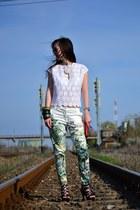 H&M pants - moms blouse - Musette wallet - Steve Madden sandals