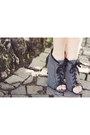 Charcoal-gray-zara-boots-black-sisley-bag-navy-gap-blouse