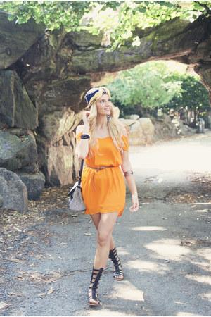 navy foulard vintage scarf - orange off-shoulder Bershka dress