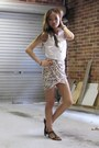 Heather-gray-cteeofsydney-skirt-white-cteeofsydney-top