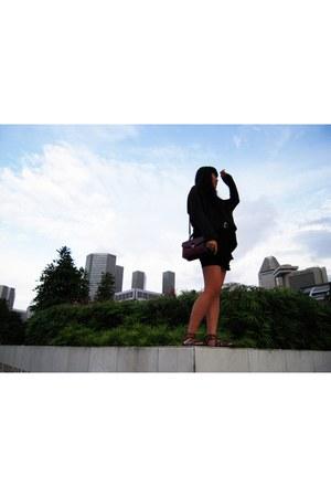Zara dress - g2000 sweater - Forever 21 belt - vintage bag - Kenneth Cole sandal