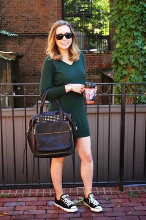 black Joelle Hawkens bag - green sweater Mango dress