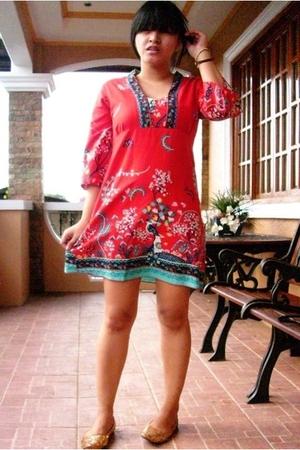 printed Love dress dress - super sequins shoes - corduroy sling bag accessories