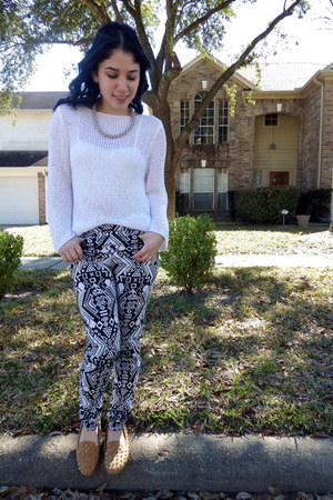 navy print H&M pants - white thrifted sweater