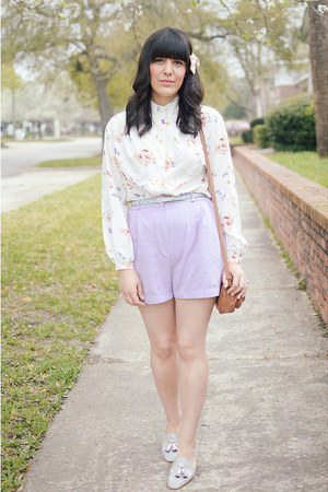 pink floral top thrifted vintage top - light purple shorts