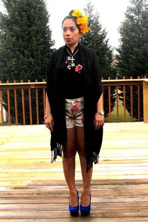 black flea market top - pink Target floral shorts