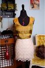 Gold-bb-dakota-blouse-beige-bb-dakota-skirt