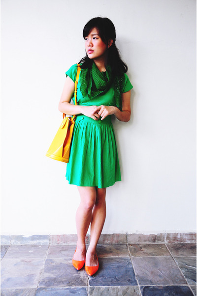 chartreuse green Cute Granny Vintage dress - green green thrifted scarf