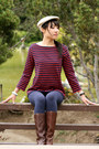 Brown-boots-ruby-red-sweater-navy-leggings