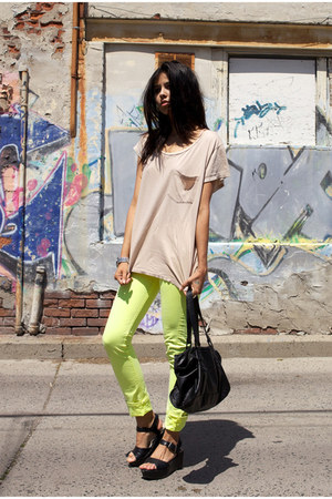 beige oversize tee shared t-shirt