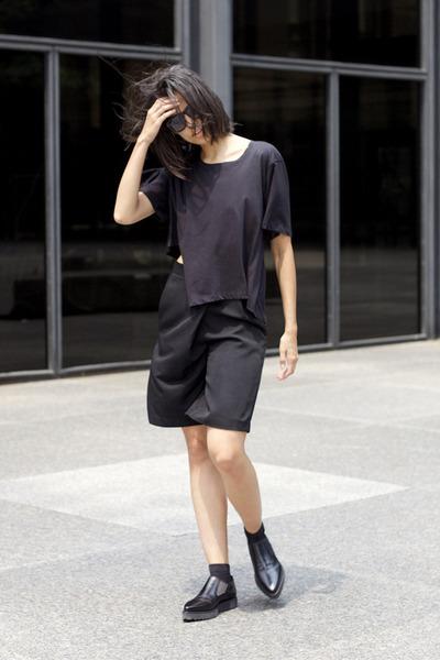 black catherine Alexander Wang shoes - black stowaway kara bag