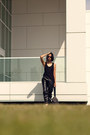 White-classics-reebok-shoes-aviators-zerouv-sunglasses