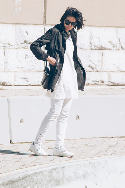 white sneakers etonic shoes - white ghost cyeoms dress - black parka Zara jacket