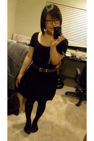black Chloe dress - brown unknown brand belt - black simply vera wang stockings