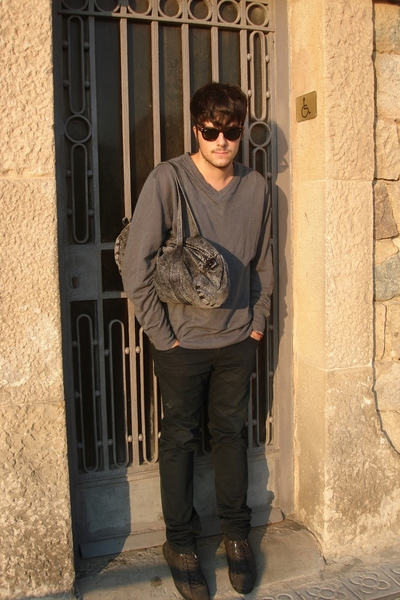 Ray Ban sunglasses - H&M sweater - American Apparel accessories - energie pants