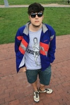vintage sunglasses - adidas vintage jacket - Marc Jacobs t-shirt - Colcci shorts