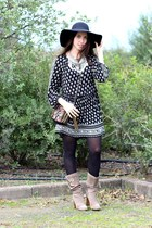 black cotton Zara dress - dark khaki suede Fornarina boots - black wool H&M hat