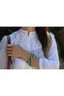 Navy-denim-zara-jeans-off-white-crochet-h-m-shirt