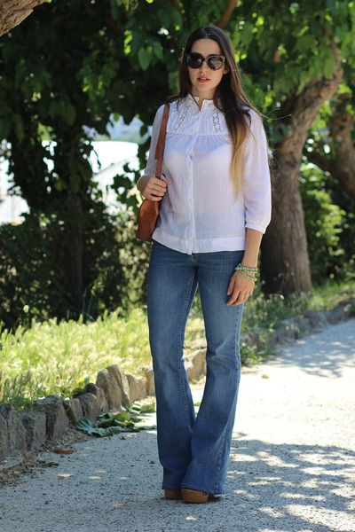 off white crochet H&M shirt - navy denim Zara jeans