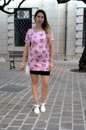 white rubber JuJu shoes - bubble gum cotton blackfive dress - white lace H&M bag