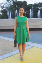 green Rosegal dress - black ostrich TMART bag - green vida sandals