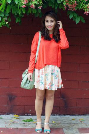 coral knit Zara sweater - light pink Bershka skirt - green vida sandals