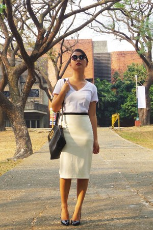 white Sexy White Shirt shirt - black TMART bag - ivory Forever 21 skirt
