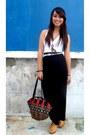 Red-printed-bag-white-floral-genevieve-gozum-belt-black-forever-21-skirt