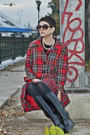 Red-checkered-motivi-blazer-black-thrifted-vintage-boots