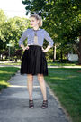 Blue-target-shirt-black-target-skirt-gold-vintage-accessories-blue-levis-j