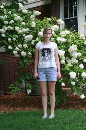 blue White House Black Market shorts - white H&M shirt - brown Ray Ban sunglasse