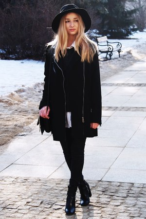 black new look pants